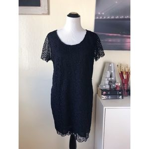 FOREVER 21 black over lace short sleeve dress